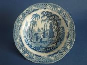 Fine Davenport 'Chinoiserie Ruins' Pearlware Soup Plate c1810